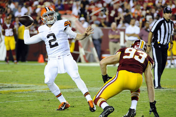 With The Finger Gesture, Johnny Manziel Is One of A Kind