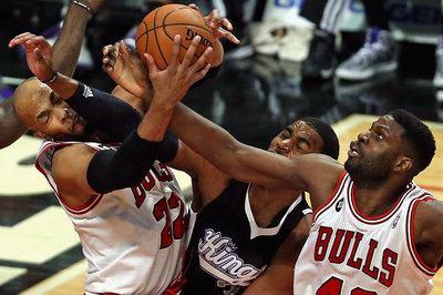 Former Bobcat Nazr Mohammed signs with the Chicago Bulls