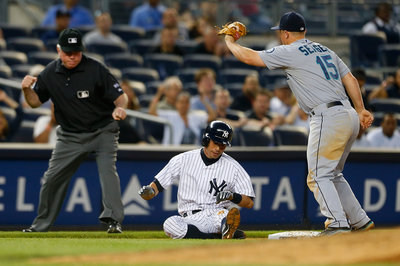 Kyle Seager is going to win a gold glove, unless he doesn't
