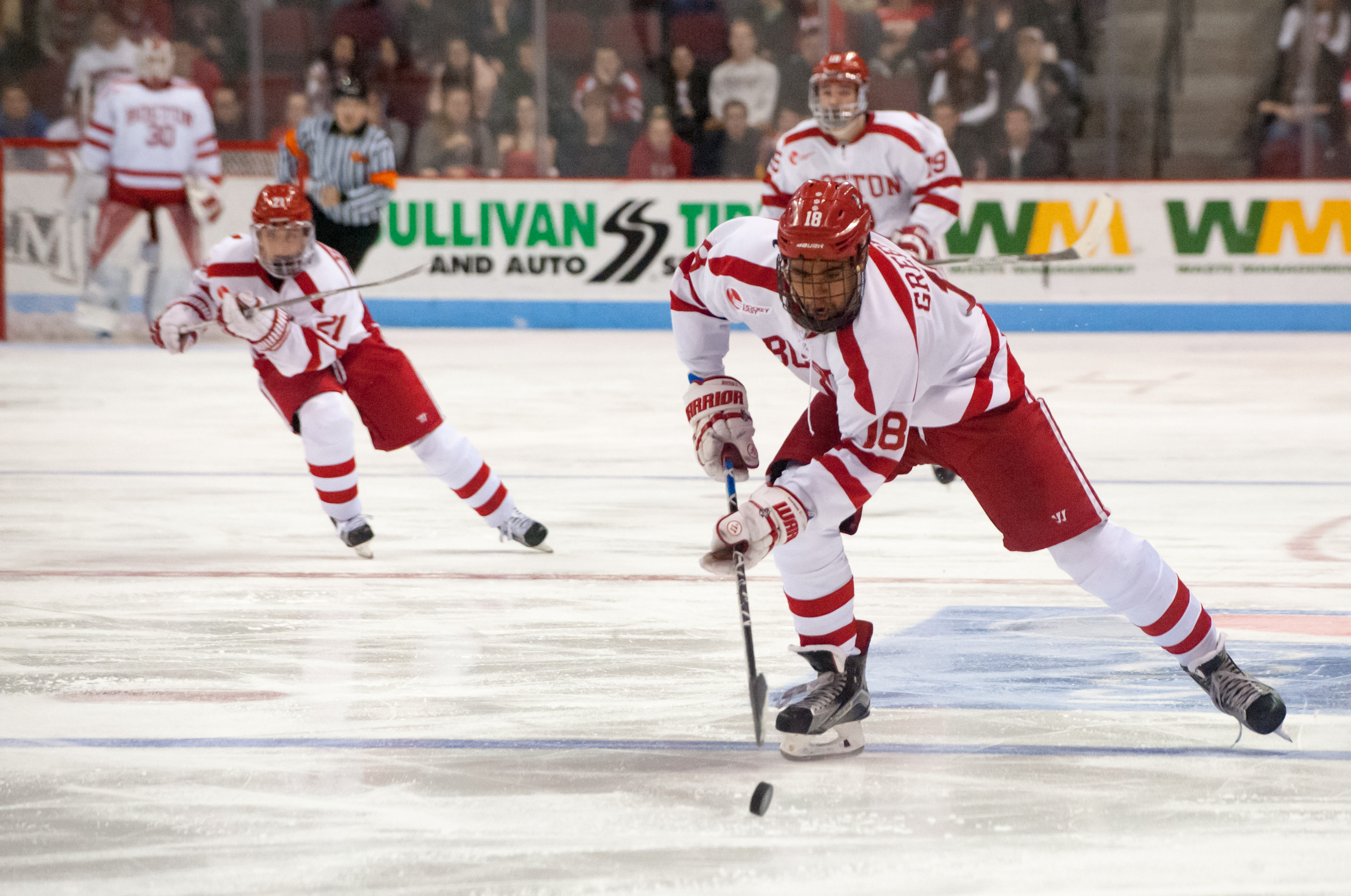 Hockey East: Jordan Greenway Returning To Boston University