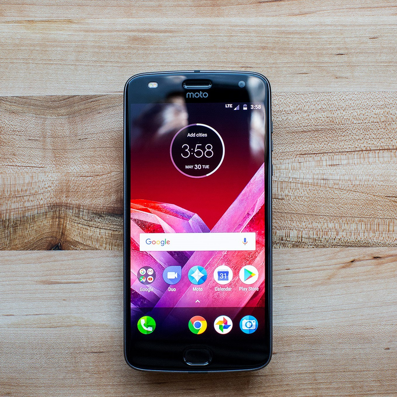 Motorola Moto Z2 Play review: thinner, lighter, better ...