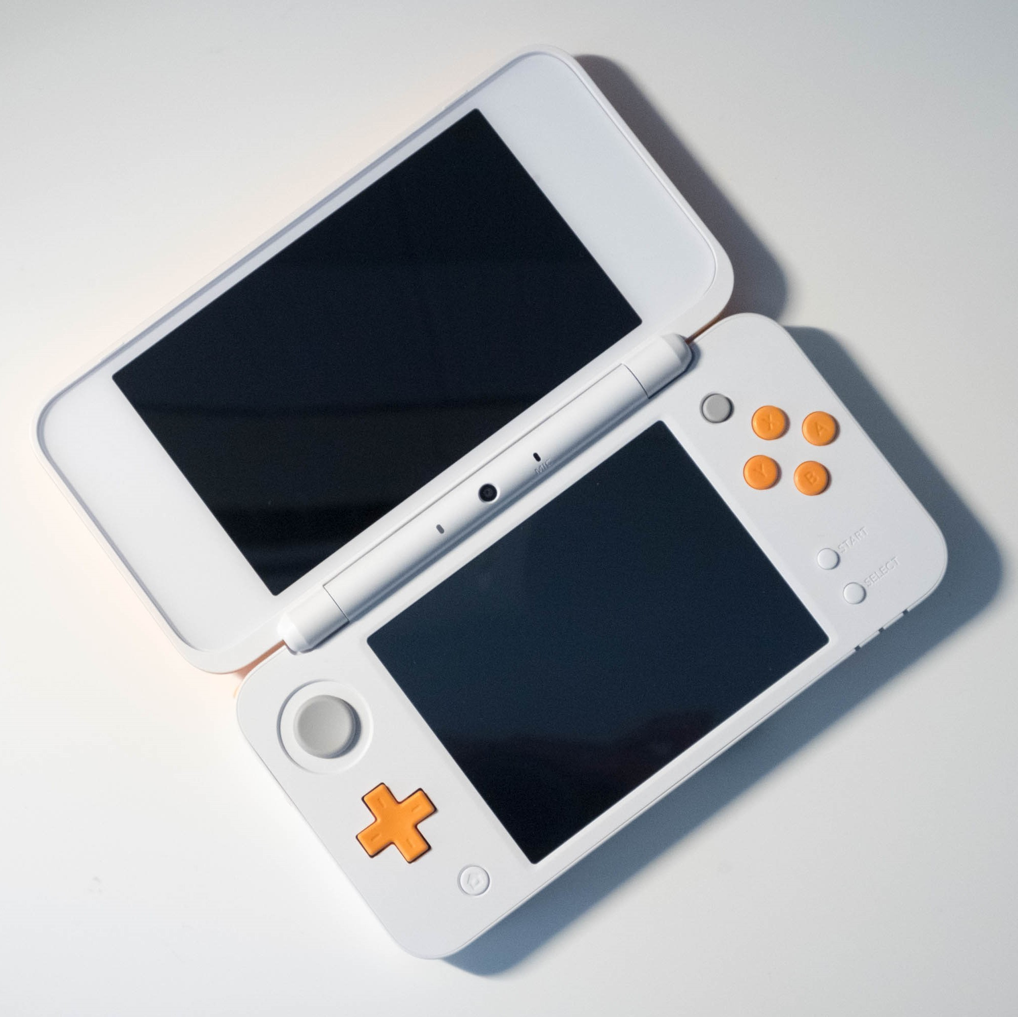the new nintendo 2ds xl is great if you don 39 t want 3d. Black Bedroom Furniture Sets. Home Design Ideas