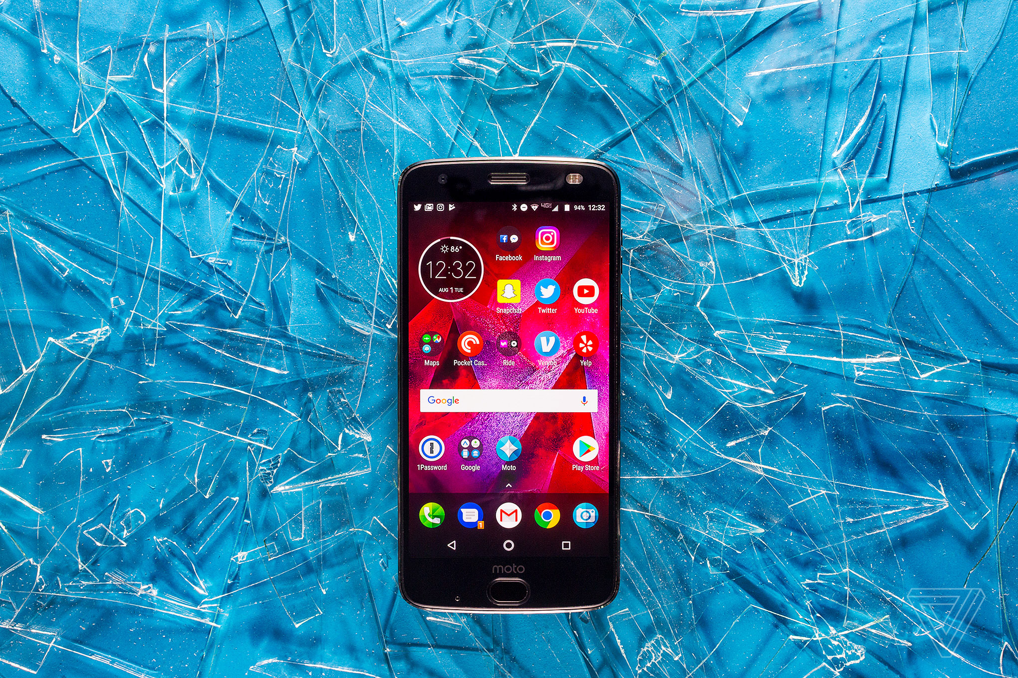Motorola Moto Z2 Force review: the screen won't shatter, but your