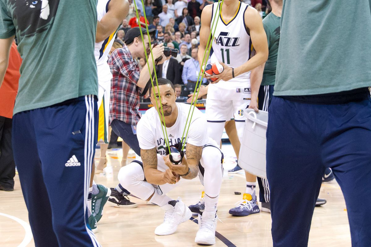 Utah lists George Hill (toe) questionable for Game 3