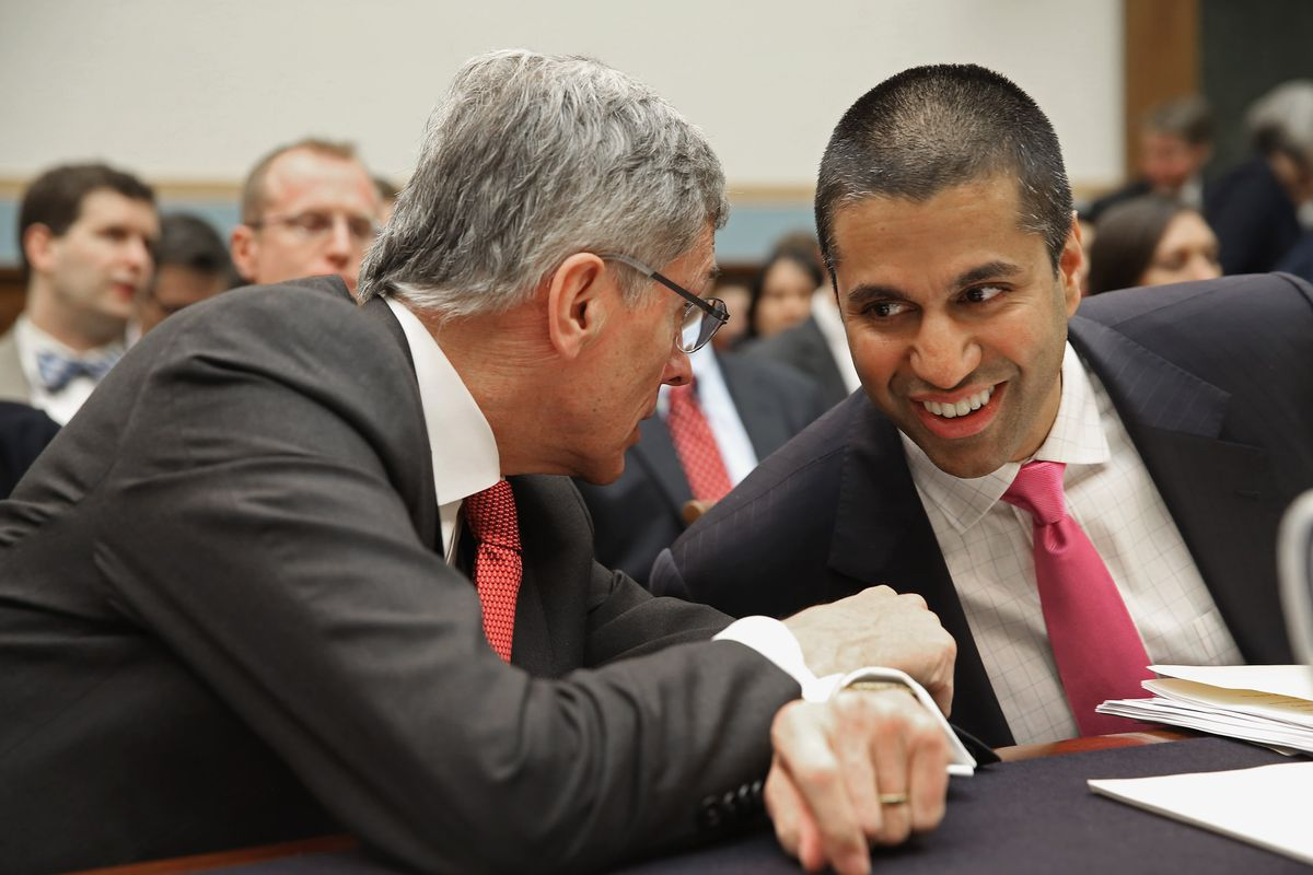 FCC clears way for big TV mergers, eases broadband price limits