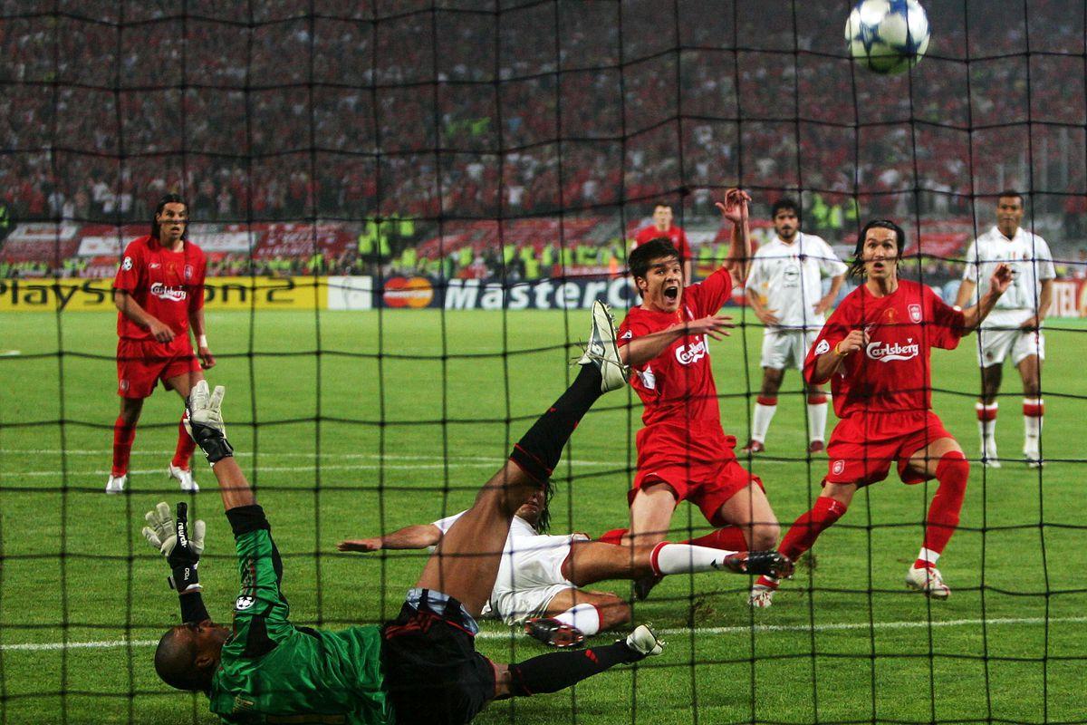 Partido entre el Milan y el Liverpoo. / liverpooloffside.sbnation.com