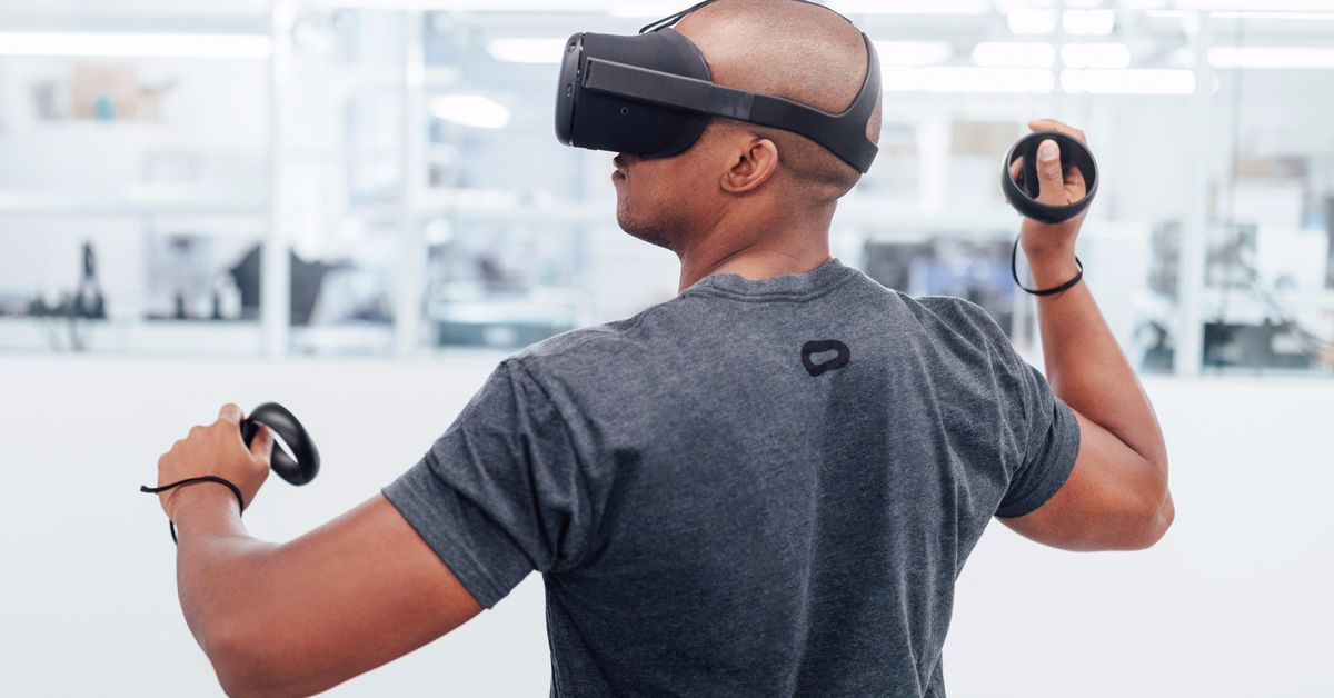 photo image Oculus' prototype Santa Cruz headset feels like a wireless Oculus Rift
