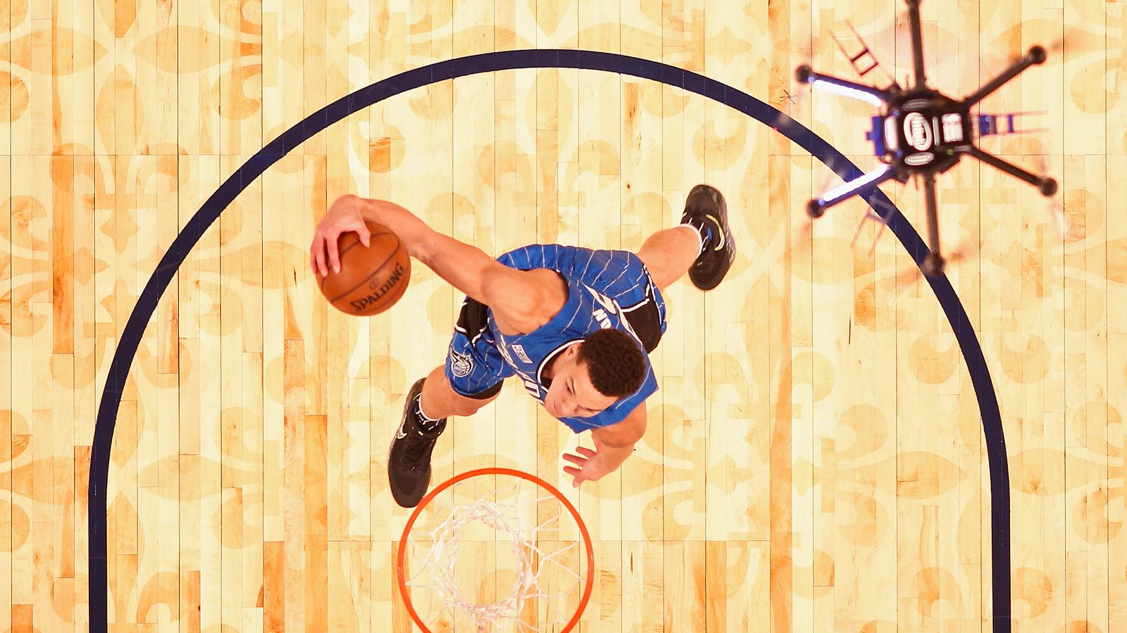 An Intel Drone Got the Assist on a Vicious Dunk at the NBA's Slam Dunk Contest