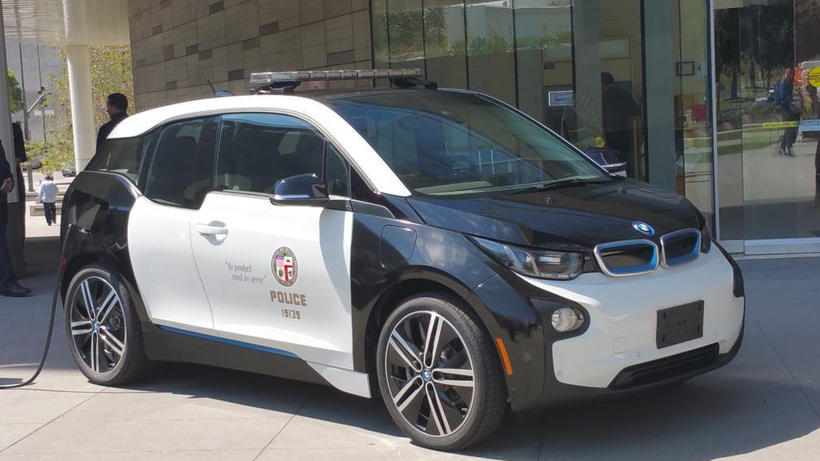 Bmw Wins Bid To Supply Lapd With 100 Electric Cop Cars