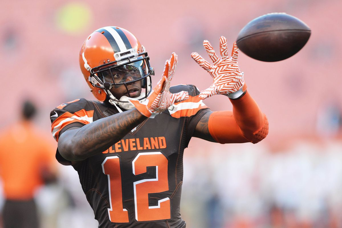 Josh Gordon training with Tim Montgomery, changes agents