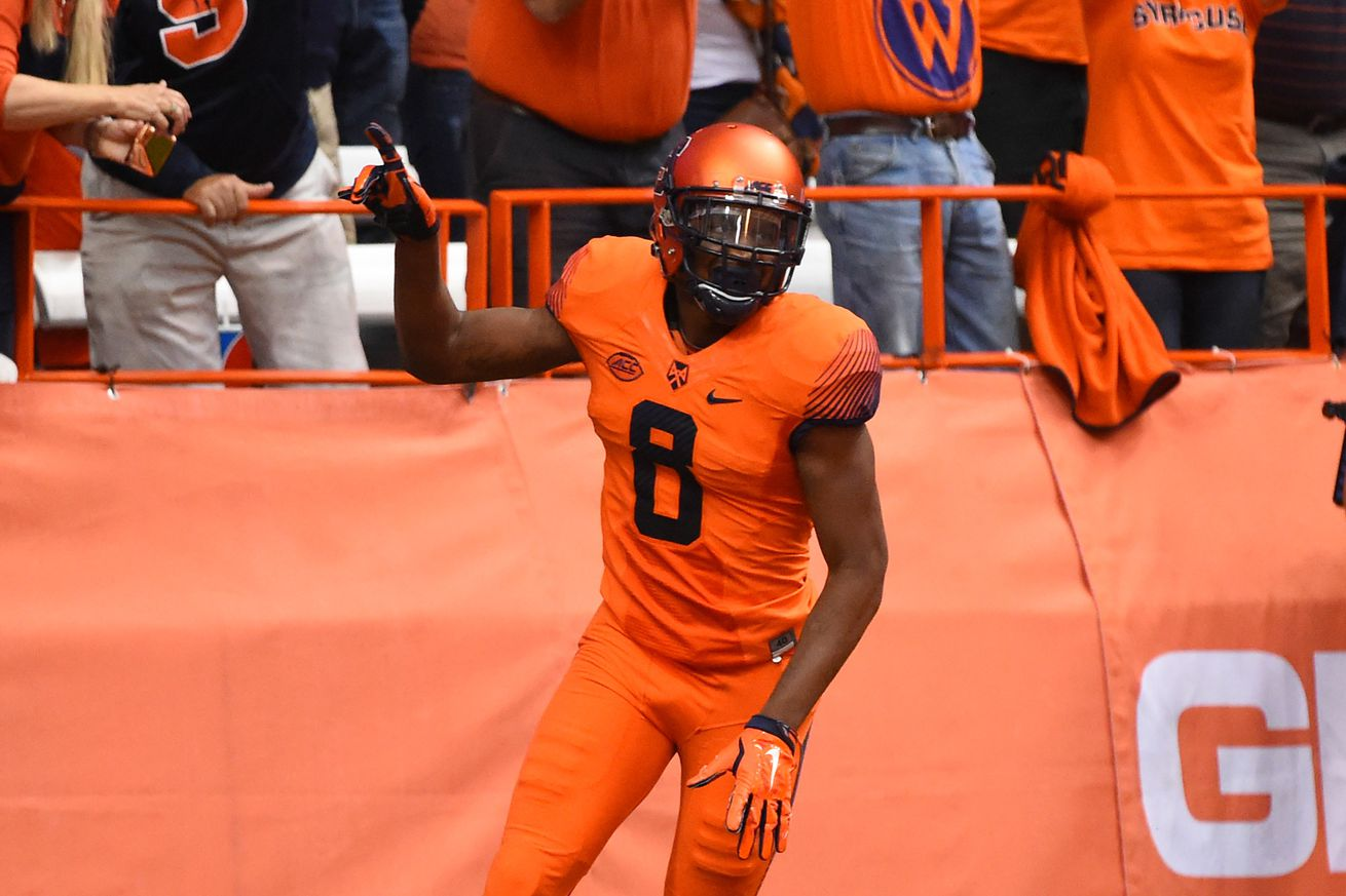 Syracuse rolls past Colgate with 33-7 win