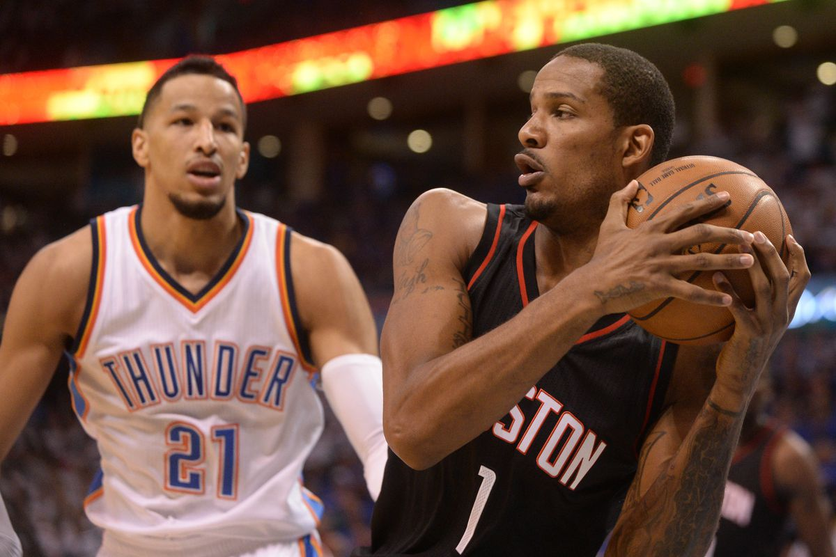 Thunder hang on for first win in series against Rockets