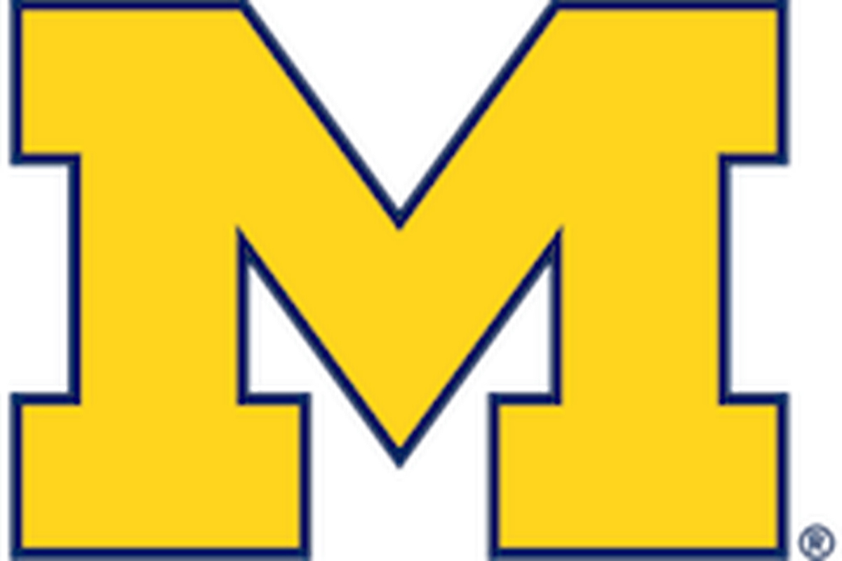 Michigan hires Michigan Tech's Pearson as new hockey coach