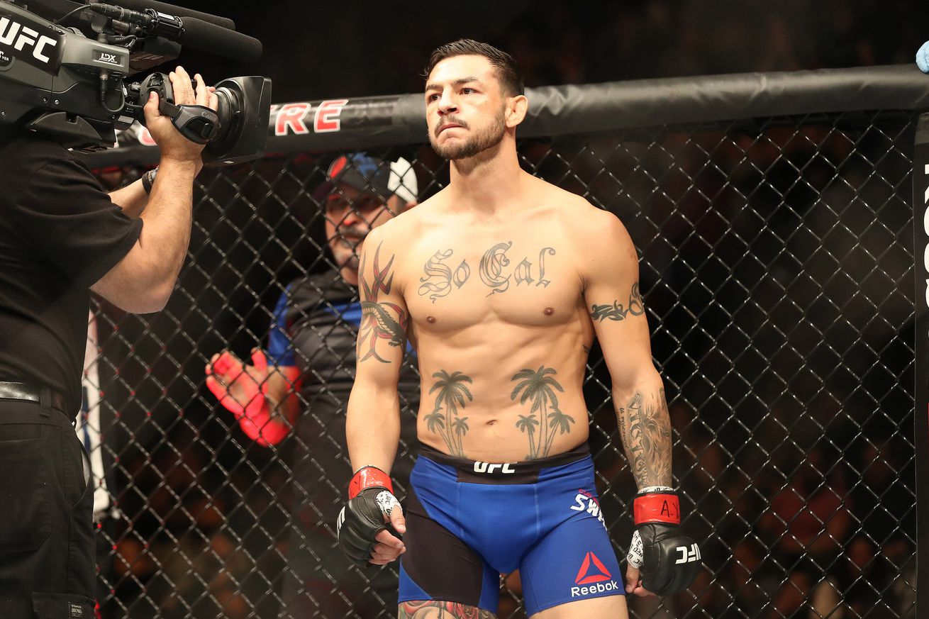 UFC Fight Night 108 results: Cub Swanson bloodies Artem Lobov in unanimous decision win