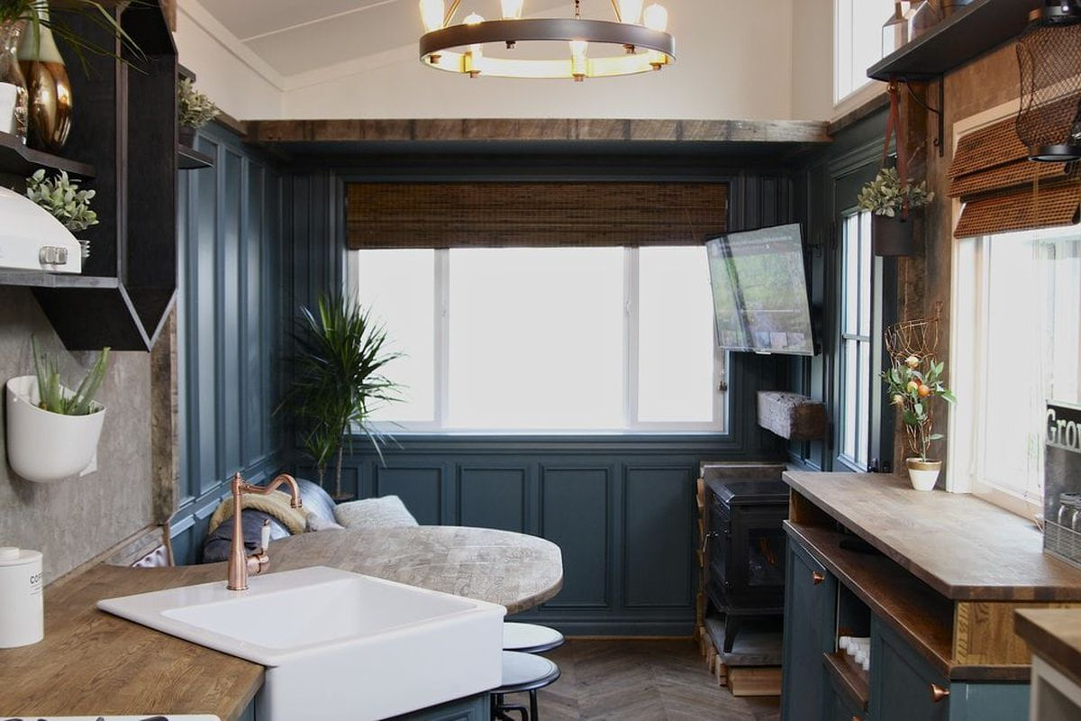 'Craftsman' Tiny House Goes Big On Details