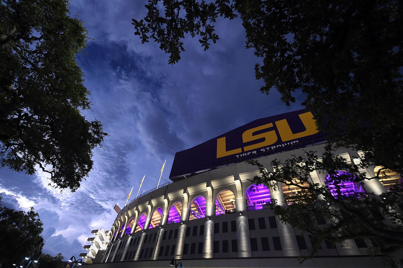 Lsu Emails Student Athletes Urging Caution In Reaction To Alton Sterling Decision