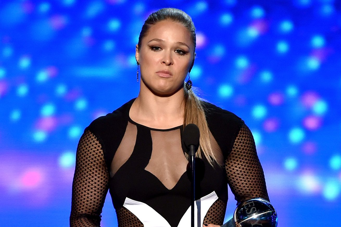 community news, Julianna Pena rips Ronda Fat Arms Rousey: Shes like the emperor in no clothes
