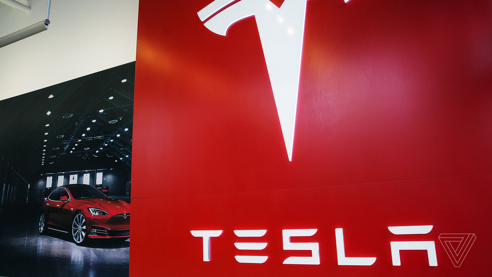 Tesla Motors Changes Company Name to Just Tesla