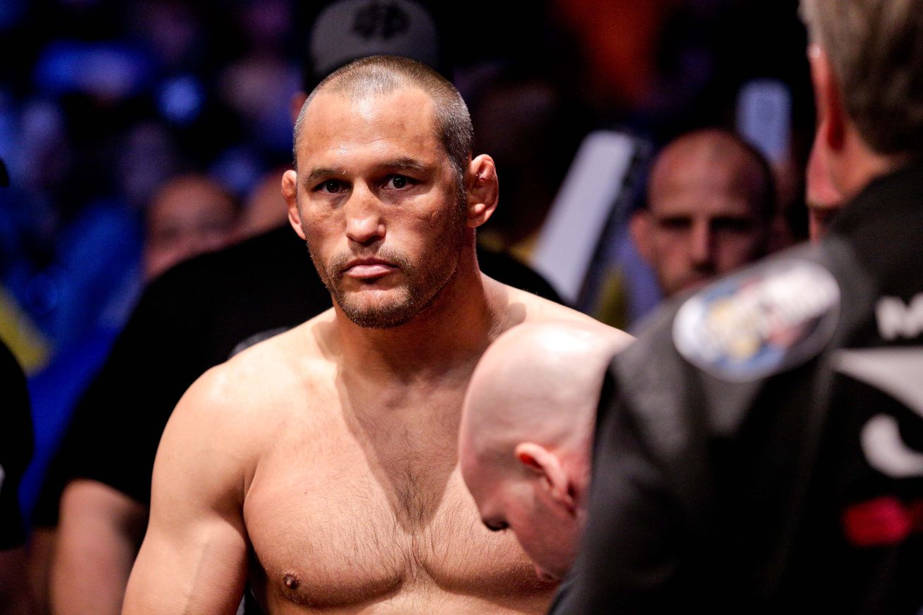 Report: Dan Henderson vs Hector Lombard in the works for UFC 199 in Los Angeles