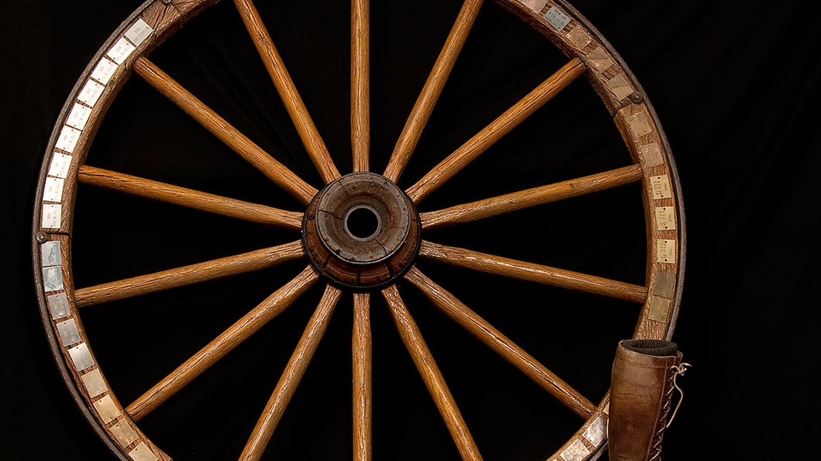 Utah_state_byu_wagon_wheel.0