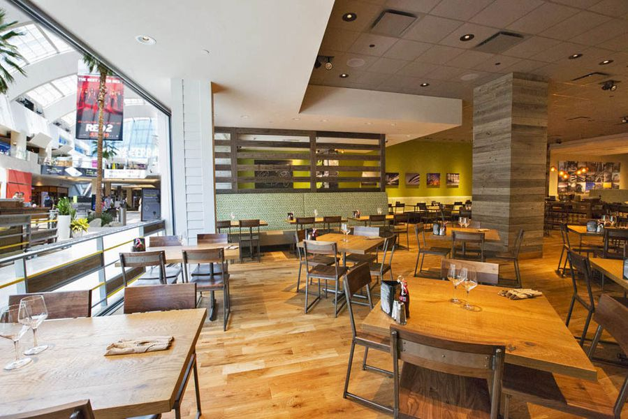 California Pizza Kitchen At Beverly Hills
