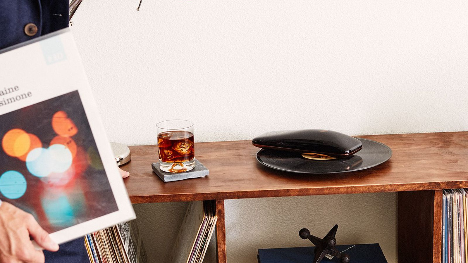 The Love Is The Latest Weird Turntable That Wants To Bring