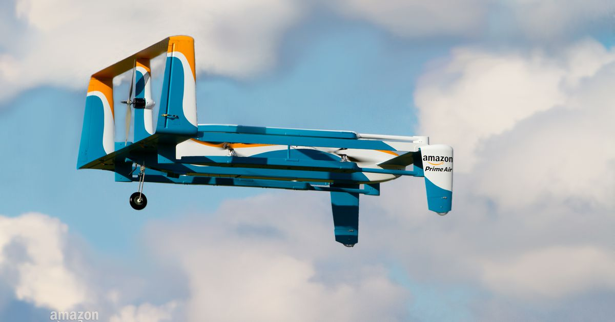 theverge.com - Watch Amazon's Prime Air drone make its first demo delivery in the US