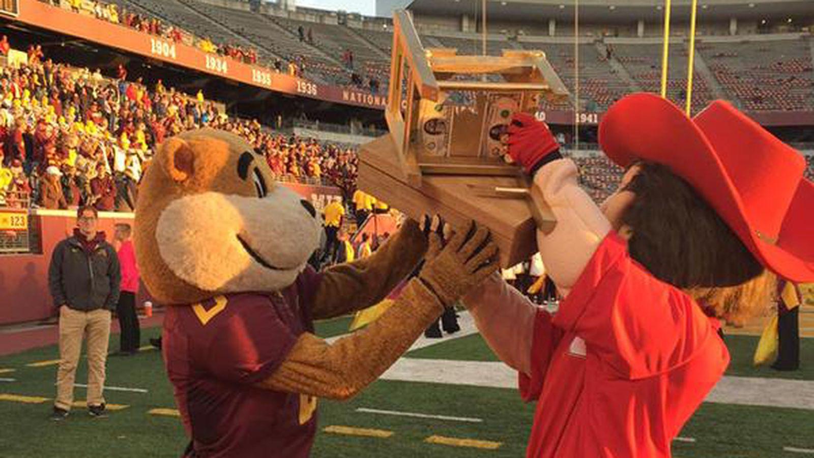 Nebraska Beats Minnesota Claims College Football S Best