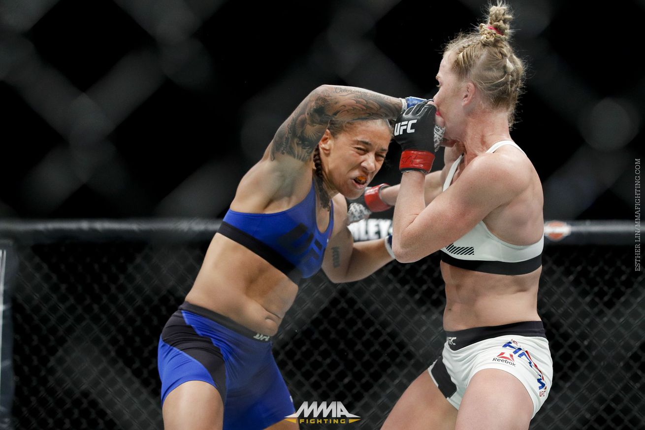 Germaine de Randamie apologizes for hitting after the bell: 'It was in the heat of the moment'