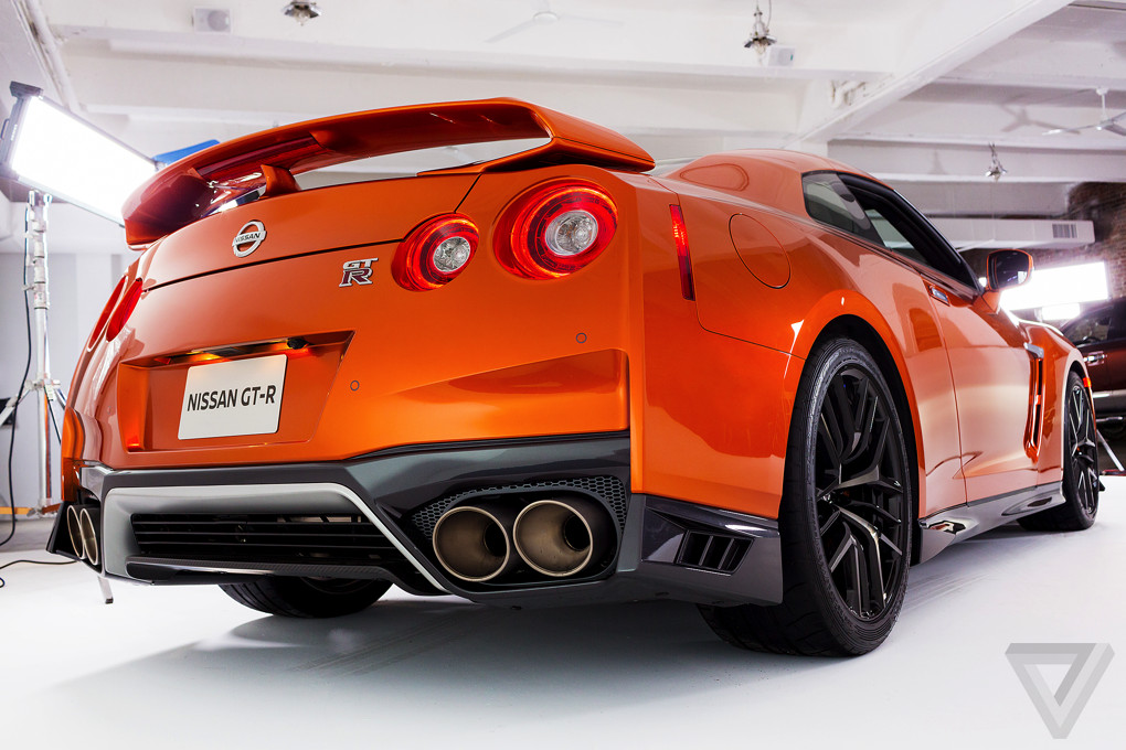 the 2017 nissan gt r is a more civilized more powerful. Black Bedroom Furniture Sets. Home Design Ideas