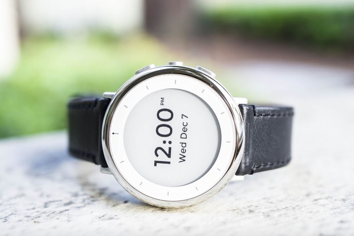 Google's Verily unveils a new health watch