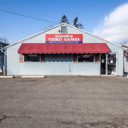 Stateline Video Games in Feeding Hills, Mass.