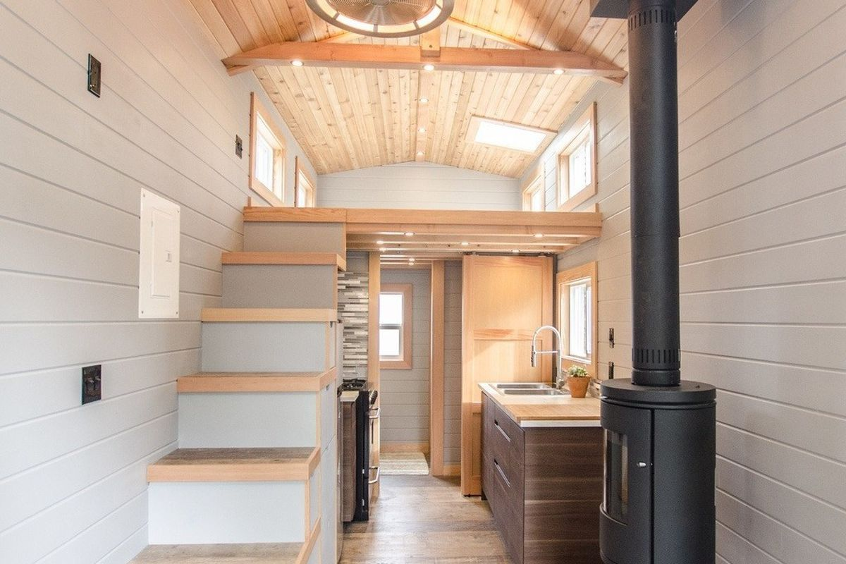 Tiny House Goes Off Grid With Big Amenities Curbed