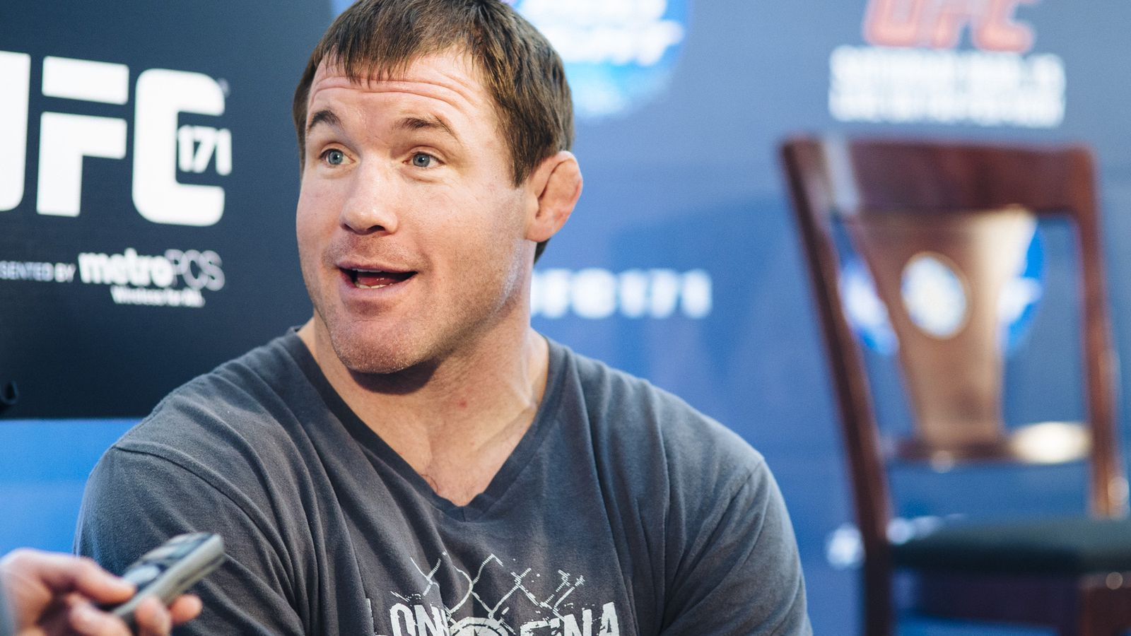 fightweets  should matt hughes come out of retirement