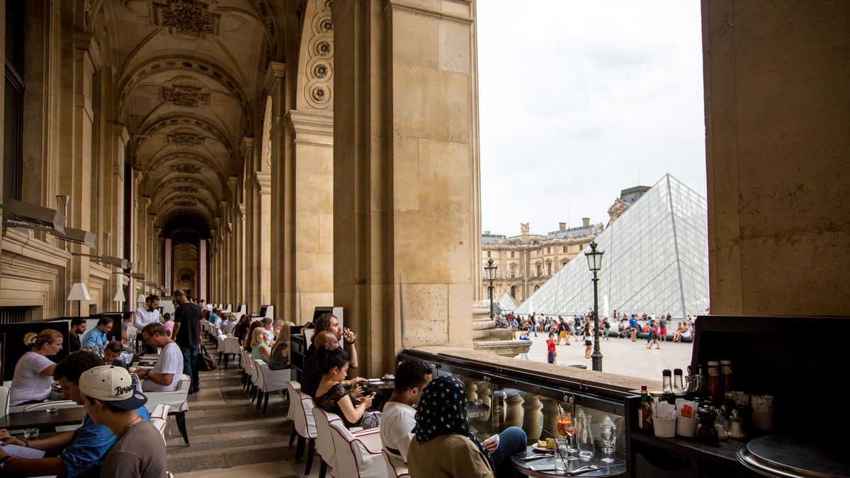 Where to eat at the louvre eater for Restaurant le miroir paris 18