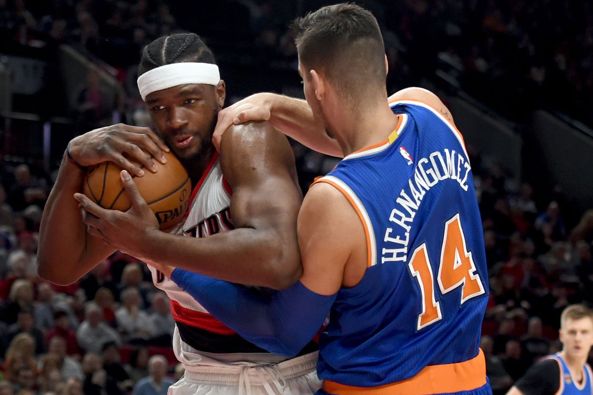 Knicks start West Coast trip with 114-105 loss to Clippers