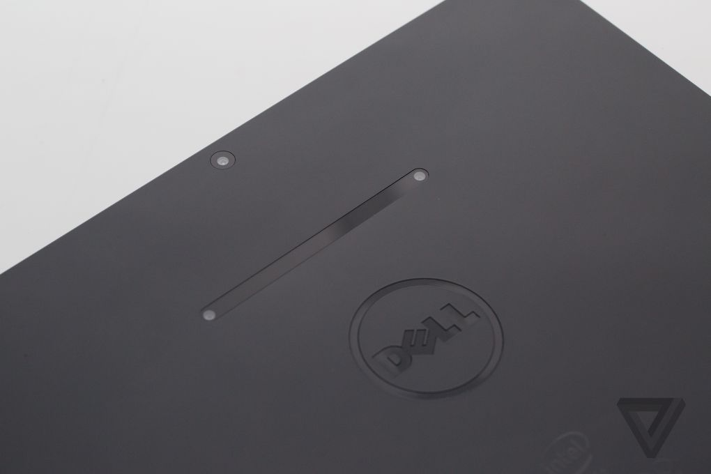 """Dell Venue 10 7000 - Loa trụ Tròn độc đáo, màn hình 10,5"""" 2k cùng bàn phím rời. - 68774"""