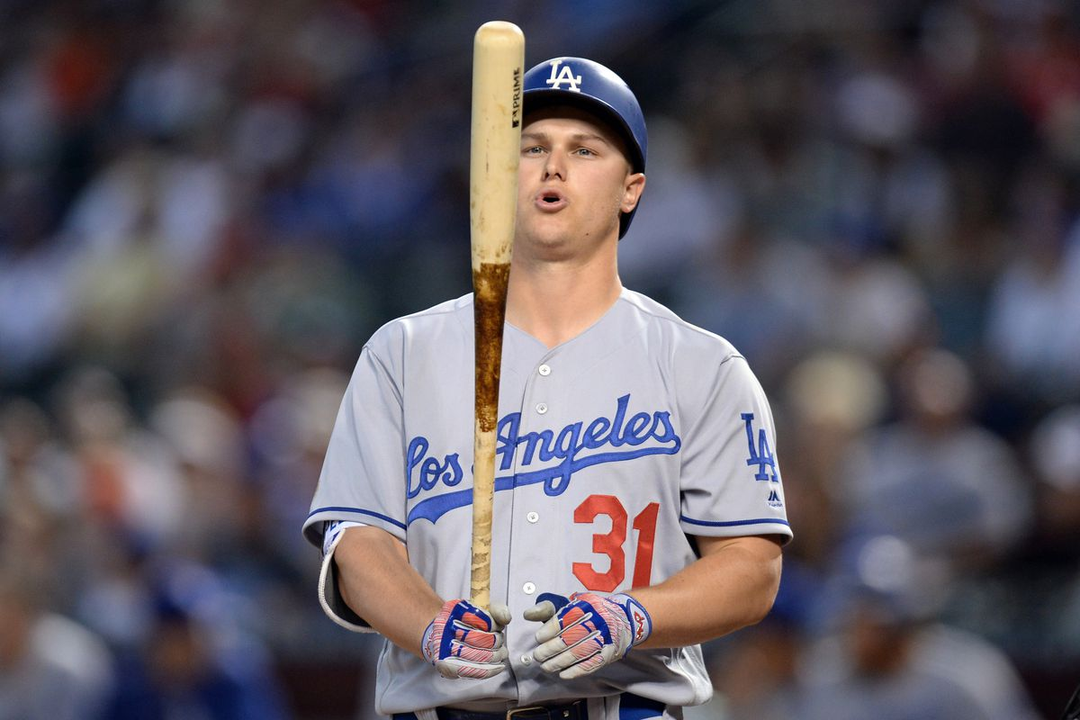 With multiple outfielders hurt, Dodgers call up top prospect Cody Bellinger