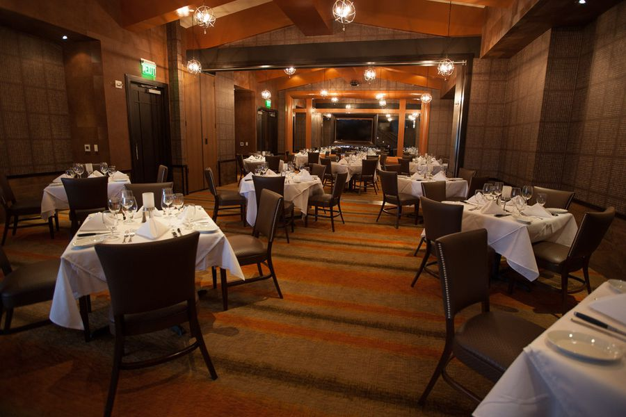 A look inside the new ruth 39 s chris steak house eater houston for Best private dining rooms new orleans