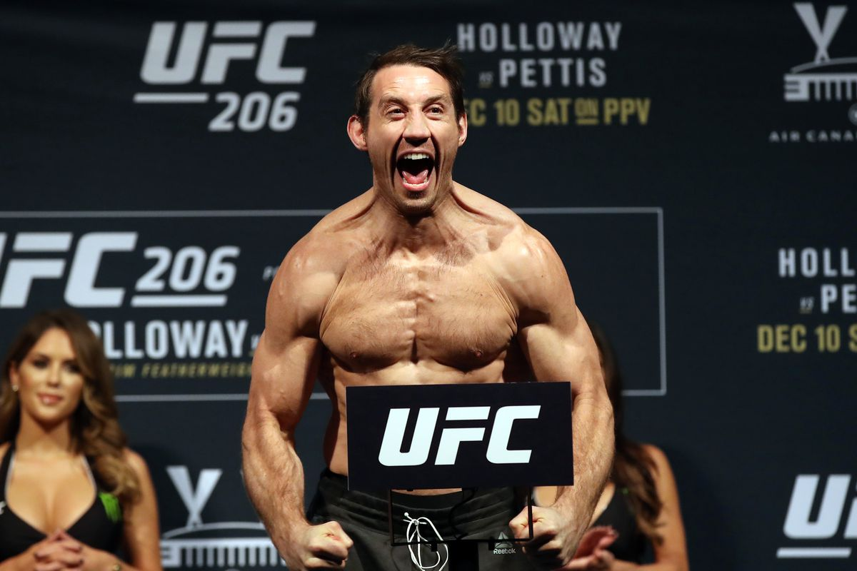 UFC's Tim Kennedy Re-Enlists In U.S. Army Special Forces