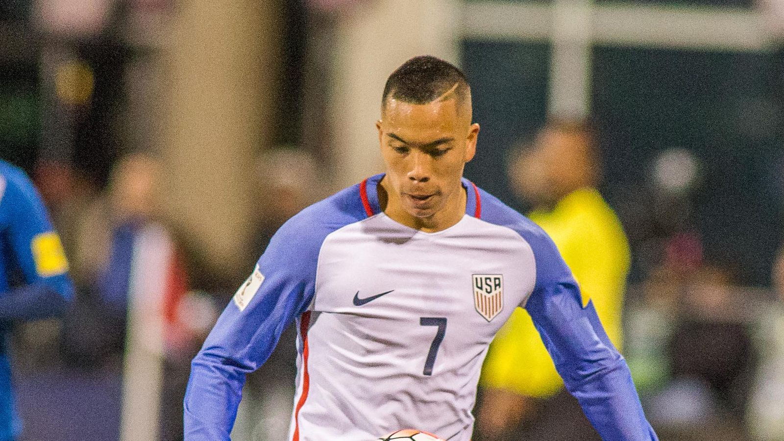 American striker Bobby Wood signs four-year deal with Hamburg - Stars and Stripes FC