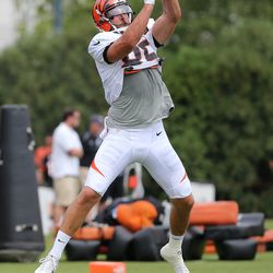 Cincinnati Bengals tight end Tyler Eifert (85) makes a catch in the back of the end zone during Cincinnati Bengals training camp practice on the practice fields at Paul Brown Stadium.
