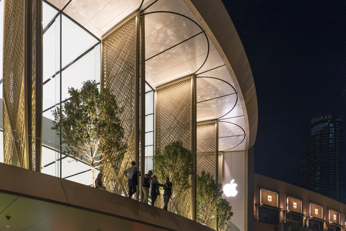New Apple store 3
