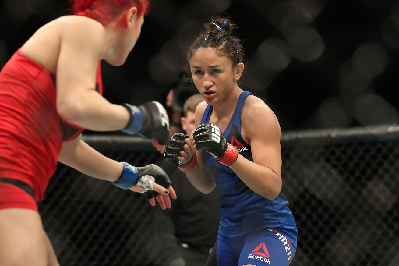 community news, Watch Carla Esparza punch a fan in the face ... because he asked her to