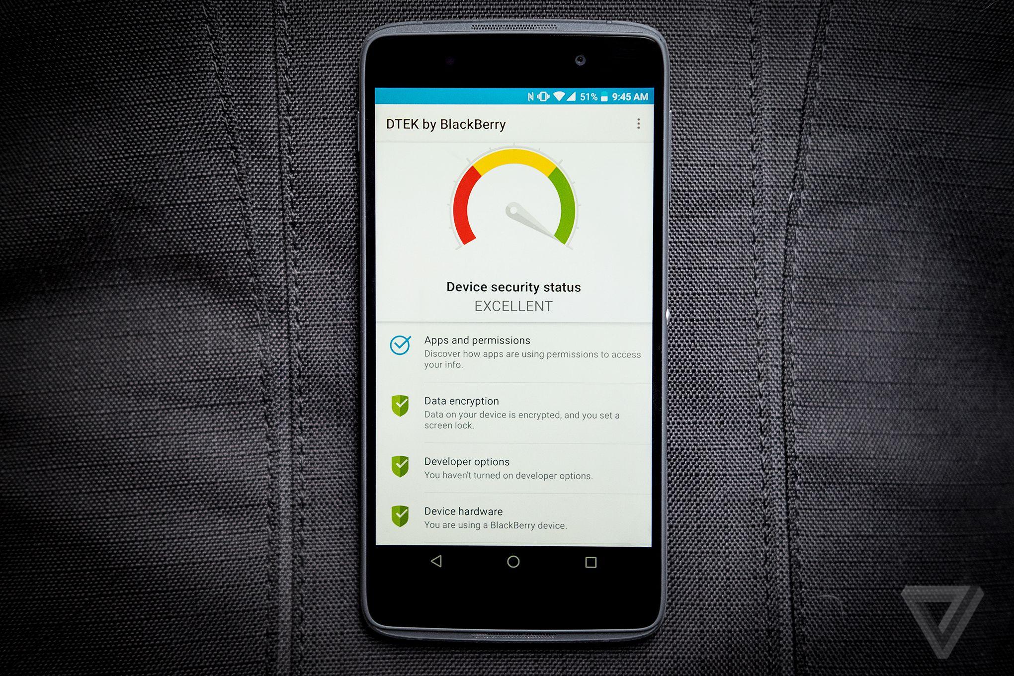 BlackBerry DTEK50 review DTEK app