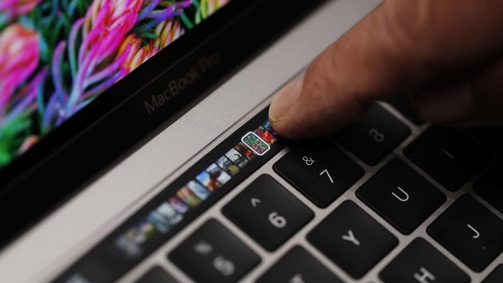 Apple convinced Consumer Reports to retest the MacBook Pro's battery after uncovering an 'obscure' bug