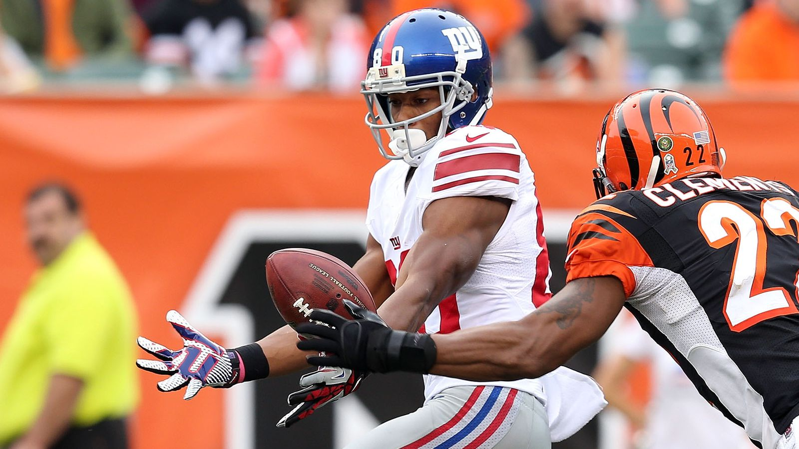 Should Bengals pursue Victor Cruz in NFL free agency?