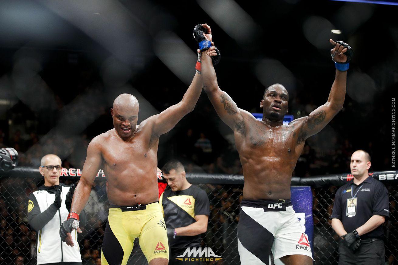 community news, Derek Brunson rips judges, says he 'outclassed' Anderson Silva at UFC 208