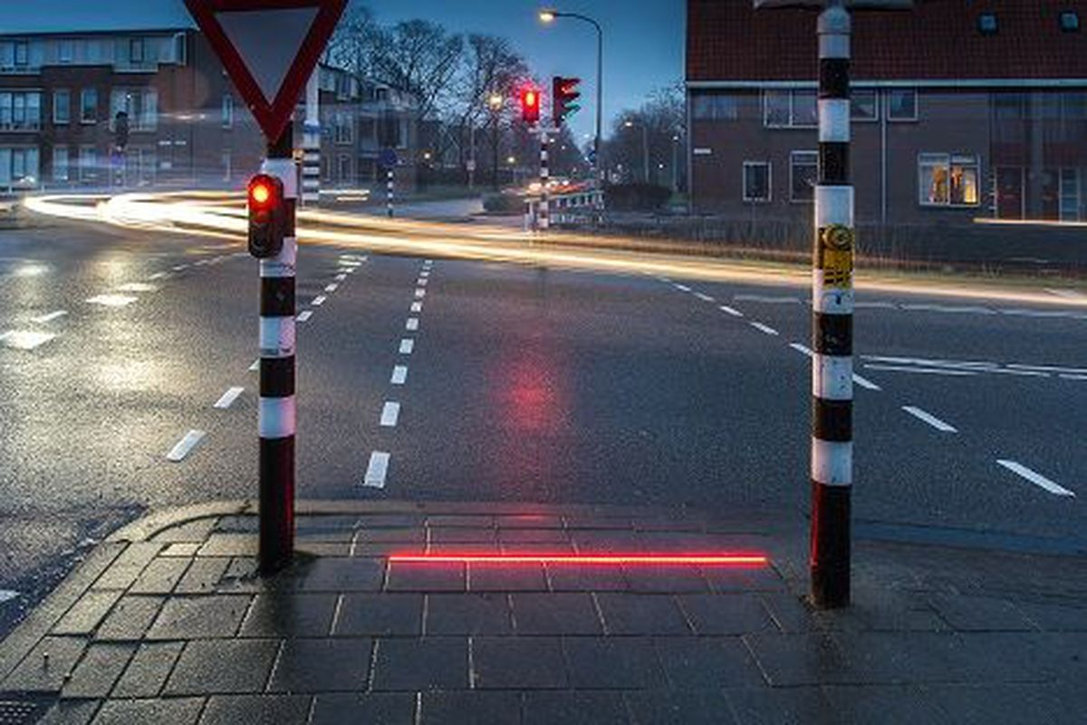 Dutch Town Installs Traffic Lights On The Ground For
