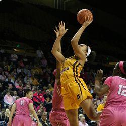 Tinara Moore puts up another.